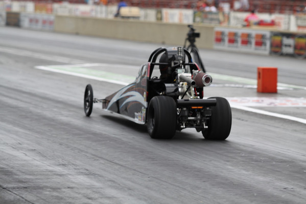 Pro Junior Dragster Action